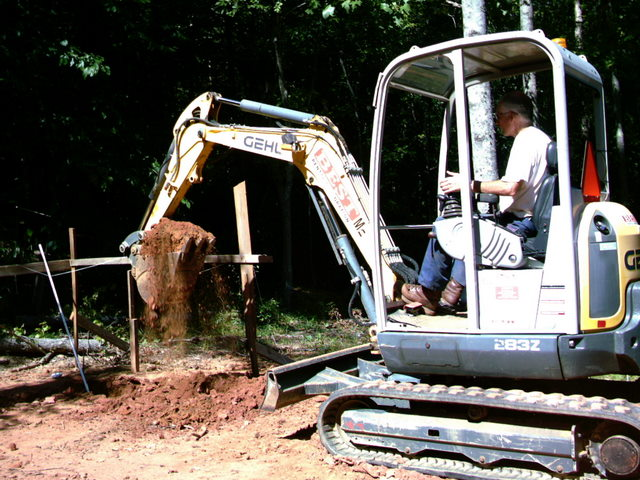 Roy on the trackhoe